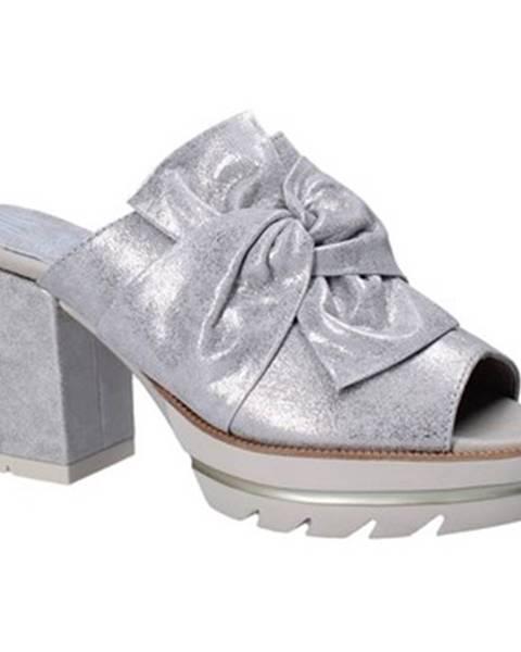 Strieborné topánky CallagHan