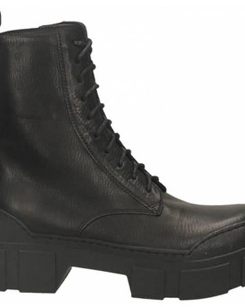 Čierne čižmy Vic