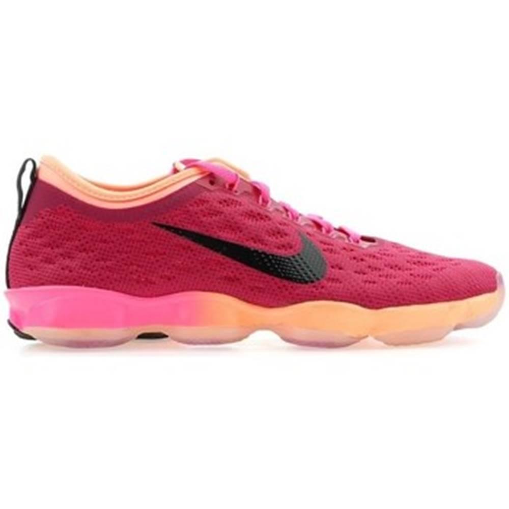 Nike Nízke tenisky Nike  Zoom Fit Agility 684984-603