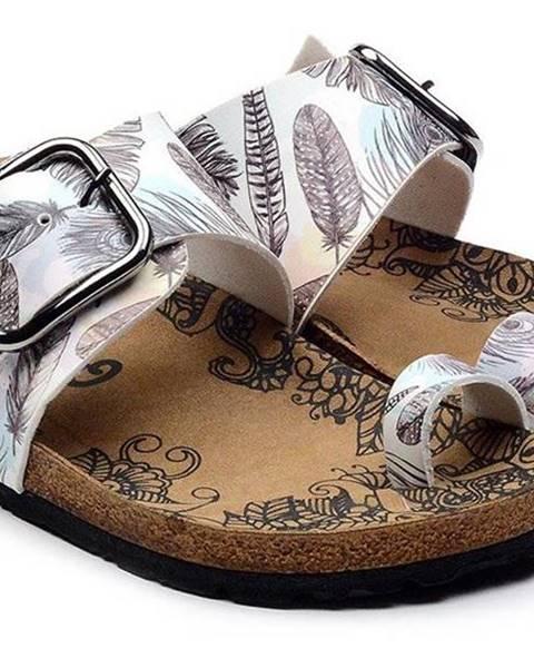 Biele papuče calceo