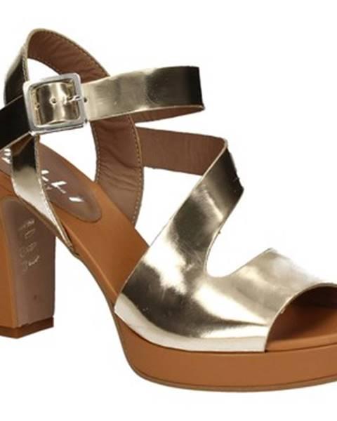 Zlaté sandále Mally