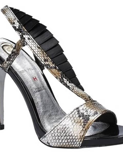 Čierne sandále Osey