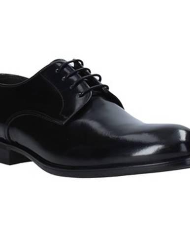 Topánky Exton