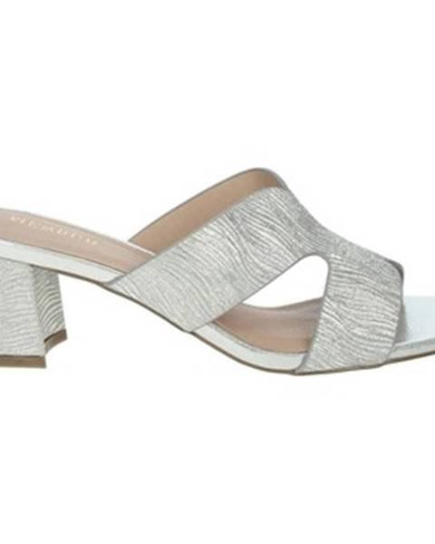 Strieborné topánky Menbur