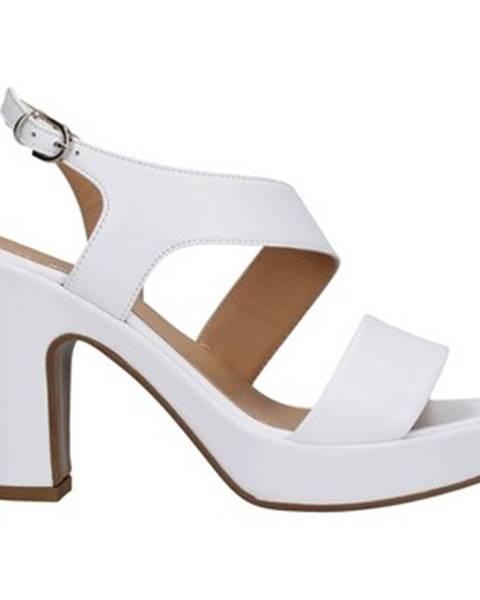 Biele topánky Tres Jolie