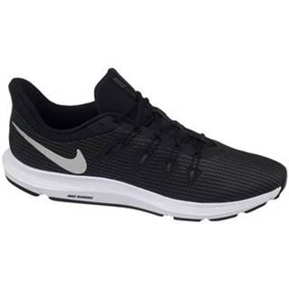 Nízke tenisky Nike  Quest