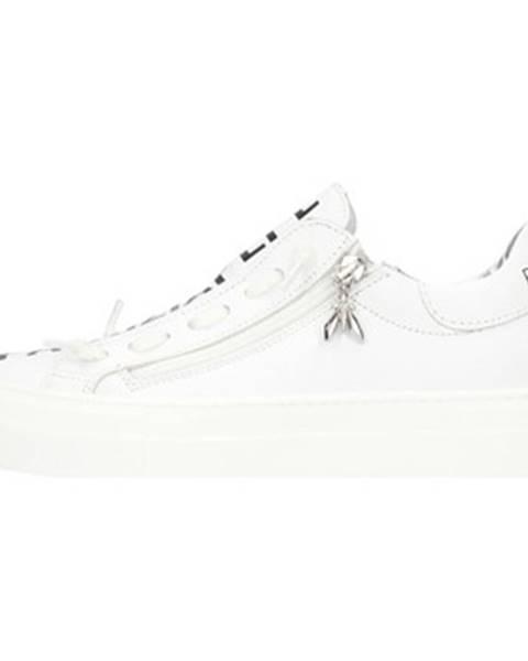 Biele topánky Patrizia Pepe