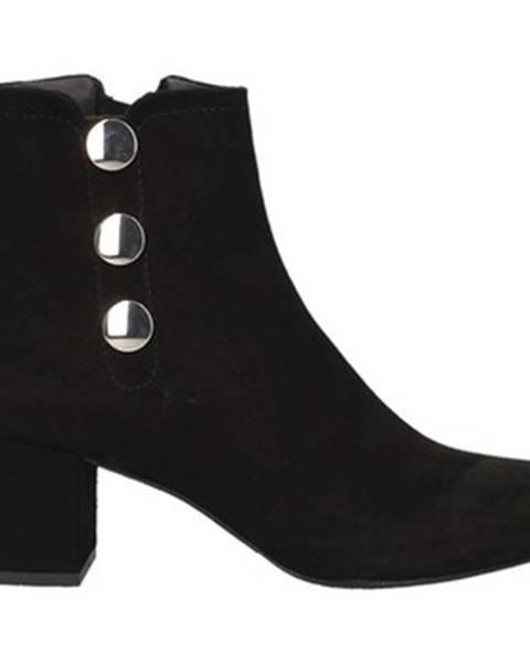 Čierne topánky L'amour
