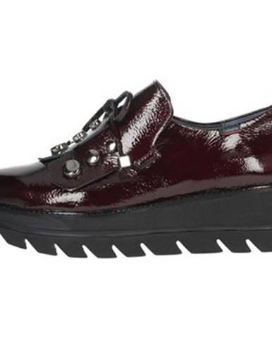 Červené topánky CallagHan