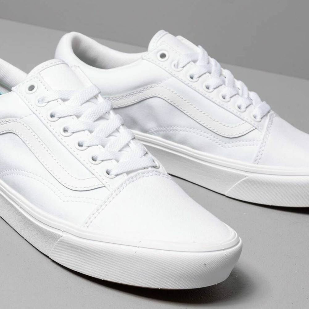 Vans Vans ComfyCush Old Skool (Classic) True White/ True