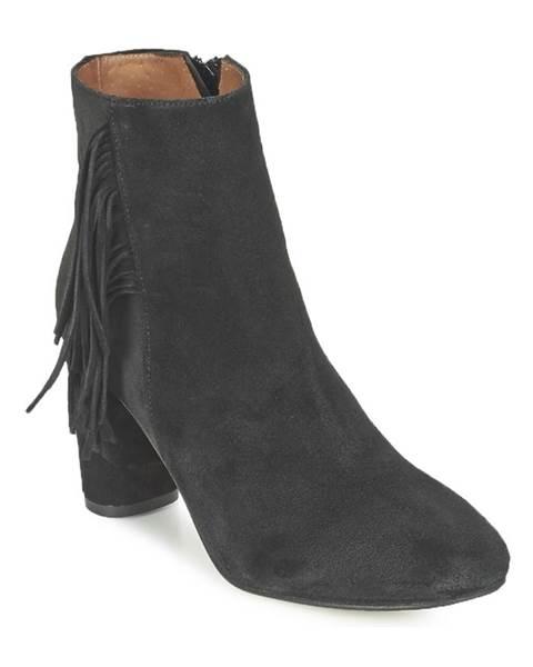 Čierne topánky Jonak