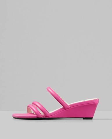 Ružové papuče Vagabond